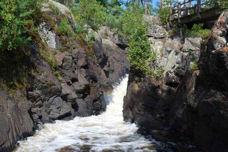 Vermillion Falls-Waterfall on Vermillion River